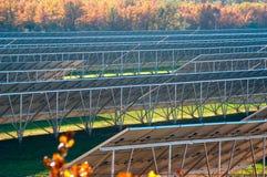 Photovoltaic elektrische centrale stock foto
