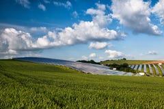 Photovoltaic kraftverk Fotografering för Bildbyråer