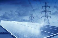 Photovoltaic paneler - solpanel som ska produceras fullständigt, hållbart, förnybara energikällor fotografering för bildbyråer