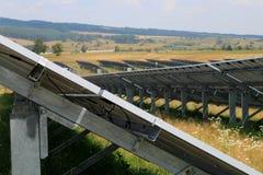 Photovoltaic system - konstruktion Arkivfoton