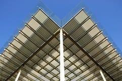 Photovoltaics integrado de construção fotografia de stock royalty free