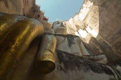 Phra Ajana in Wat Si Chum, het Historische Park van Sukhothai, Thailand Stock Foto's