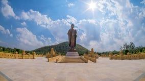 Phra Boedha Metta Pracha Thai of het Grote Standbeeld van Boedha Stock Foto's