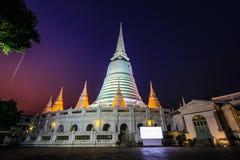 Phra Borommathat Maha Chedi de Wat Prayurawongsawas Worawiharn Image stock