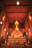 Phra Buddha Deva Patimakorn i watphoen bangkok, Thailand-januari 28: Phra Buddha Deva Patimakorn i watpho på januari 28, 2015 Royaltyfri Foto