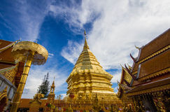 Phra d'or de Wat de temple qui dans Doi Suthep, Chiang Mai, Thaïlande Photos stock