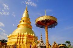 Phra de Wat que hariphunchai Imagenes de archivo