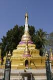 Phra ese gongo de Gu en Wat Srabokaew Foto de archivo libre de regalías