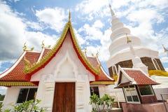 Phra Jedi Sriwichai Jom Kiri tempel, Lamphun Thailand royaltyfri bild