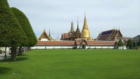 Phra Kaeo, templo de Emerald Buddha, Bangkok Tailandia almacen de video