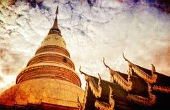 Phra Który Hariphunchai świątynia & x28; Wat Phra Ten Hariphunchai& x29; , Lanna Lamphun stylowa świątynna prowincja w Tajlandia, obrazy royalty free