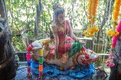 Phra Mae Thorani, godin van Boeddhistische mythologie stock foto