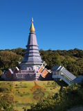 Phra Maha Dhatu Nabha Metaneedol, pagoda chez Doi Inthanon, Thaïlande image stock