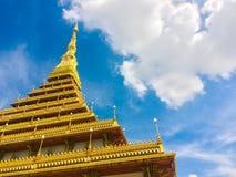 Phra Mahathat Kaen Nakhon, Khonkaen Thailand - offentlig tempel Royaltyfria Bilder