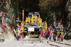 Phra Nang relikskrintempel i prinsessagrottan, Thailand Arkivbilder