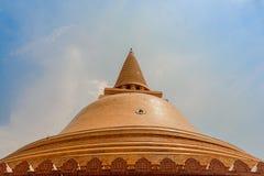 Phra Pathom Chedi на Nakhon Pathom, Таиланде Стоковые Изображения