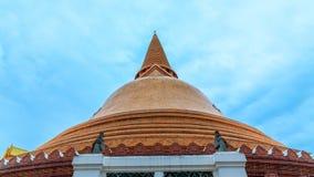 Phra Pathom Chedi wysoka i duża stupa, pagoda w świacie Obrazy Royalty Free