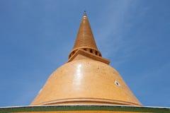 Phra Pathom Jedi在Nakornphatom,泰国 免版税库存图片