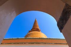 Phra Pathommachedi Imagen de archivo libre de regalías