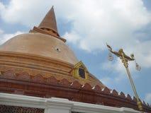 Phra Pathommachedi lub Phra Pathom Chedi Zdjęcie Stock