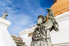 Phra Patom bildhuggar- Jedi royaltyfria foton
