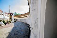 Phra Patom Jedi vägg arkivfoton