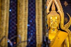 Phra Phuttha Chinnarat, héritage antique thaïlandais et considéré en tant qu'un du chiffre le plus beau de Bouddha en Thaïlande,  photo stock