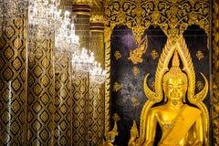 Phra Phuttha Chinnarat, héritage antique thaïlandais et considéré en tant qu'un du chiffre le plus beau de Bouddha en Thaïlande,  photos stock