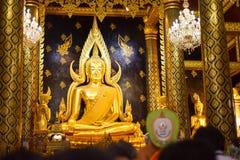 Phra Phutthachin imagenes de archivo