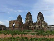 Phra Prang Sam Yot Stockbild