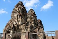 Phra-prang Sam Yot drei heilige prangs in Lopburi-Provinz, Thailand lizenzfreies stockbild