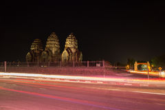 Phra Prang Sam Yot temple at night, architecture in Lopburi, Tha Royalty Free Stock Photography