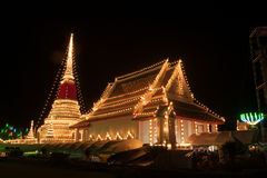 Phra Samut Chedi塔光在泰国 免版税图库摄影