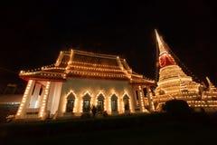 Phra Samut Chedi塔光在泰国 免版税库存图片