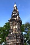 Phra, som Kong Khao Noi, den forntida stupaen eller chedien, som bevarar heliga Buddhareliker, lokaliserade i det Yasothon landsk Royaltyfri Bild