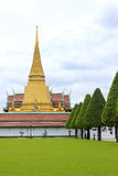 Phra Sri Rattana Chedi em Wat Phra Kaew Fotografia de Stock Royalty Free
