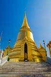 Phra Sri Rattana Chedi em Wat Phra Kaew, Banguecoque, Tailândia. Fotografia de Stock Royalty Free