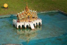 Phra Thinang Aisawan Thiphya -艺术在微型泰国公园 免版税库存图片