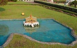 Phra Thinang Aisawan Thiphya -艺术在微型泰国公园 库存图片