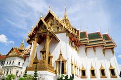 Phra Thinang Dusit Maha Prasat i Royal Palace Bangkok, Thailand Royaltyfria Bilder