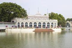 Phra thinang warophat phiman binnen bij de Provincie van het paleisayutthaya van de klappijn Royalty-vrije Stock Fotografie