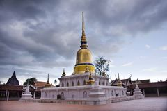 Phra Wat εκείνος ο ναός sawi σε Chumphon, Ταϊλάνδη ενώ βρέχοντας θύελλα Στοκ φωτογραφία με δικαίωμα ελεύθερης χρήσης