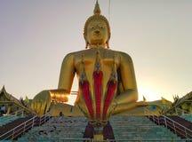 Phra-Yai con Phrayanak (Wat Muang) Foto de archivo libre de regalías