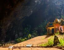 Phraya洛坤洞是最普遍的吸引力是在Rama国王期间王朝被修建的一个四有山墙的亭子它的秀丽a 库存照片