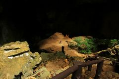 Phraya Nakhon grotta, Khao Sam Roi Yot National Park, Thailand royaltyfri fotografi