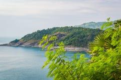 Phromthep与日落天空的海角观点在普吉岛,泰国 免版税图库摄影