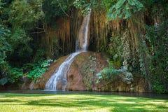 Phu ha cantato la cascata con acqua soltanto in Tailandia -36 - 35 gradi Fotografie Stock