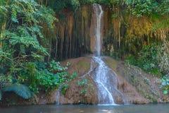 Phu ha cantato la cascata con acqua soltanto in Tailandia -36 - 35 gradi Fotografia Stock