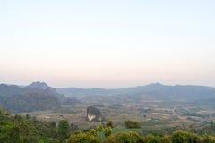 Phu Langa är synvinkeln i nordligt av Thailand Royaltyfri Fotografi