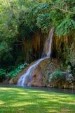 Phu sang Wasserfall mit Wasser nur in Thailand -36 bis 35 Grad Stockfotografie